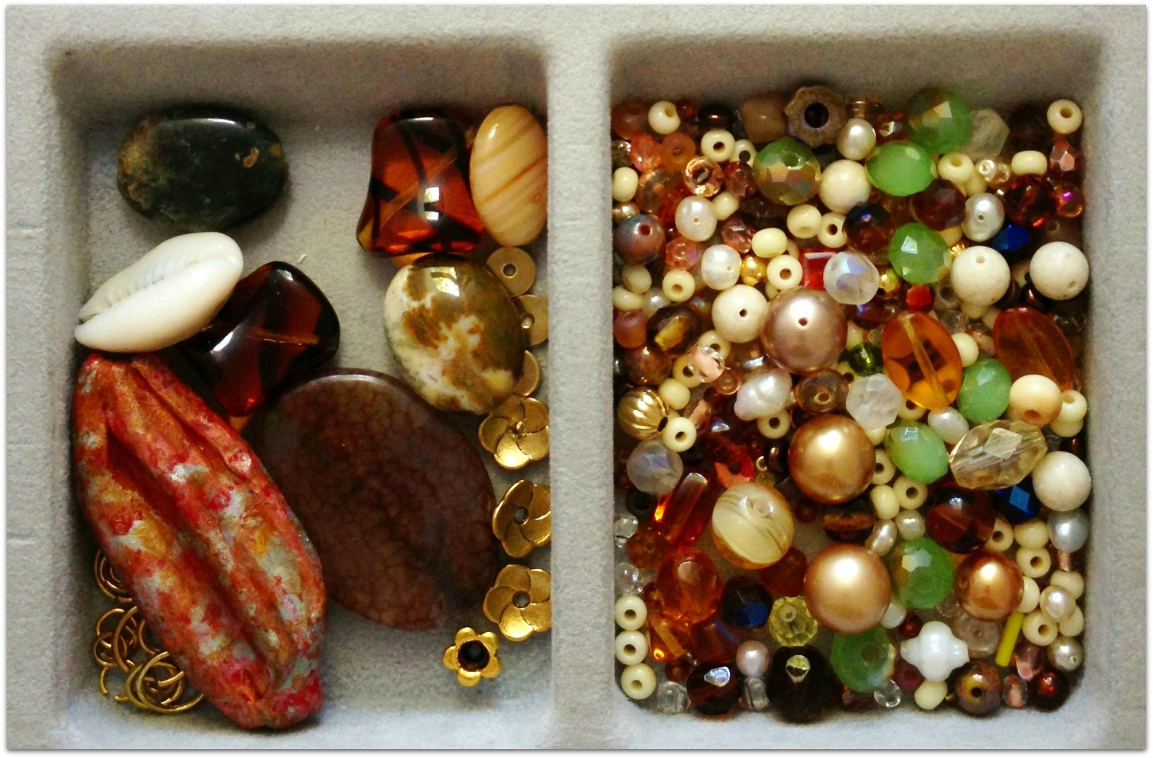 Sand and Sea bead soup
