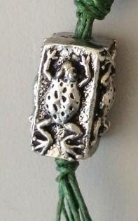 GGS Frog bead