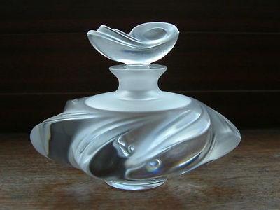 Lalique Samoa perfume bottle (image from Pinterest)